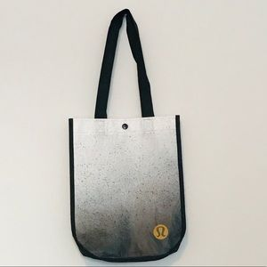 Lululemon Athletica reusable tote bag!